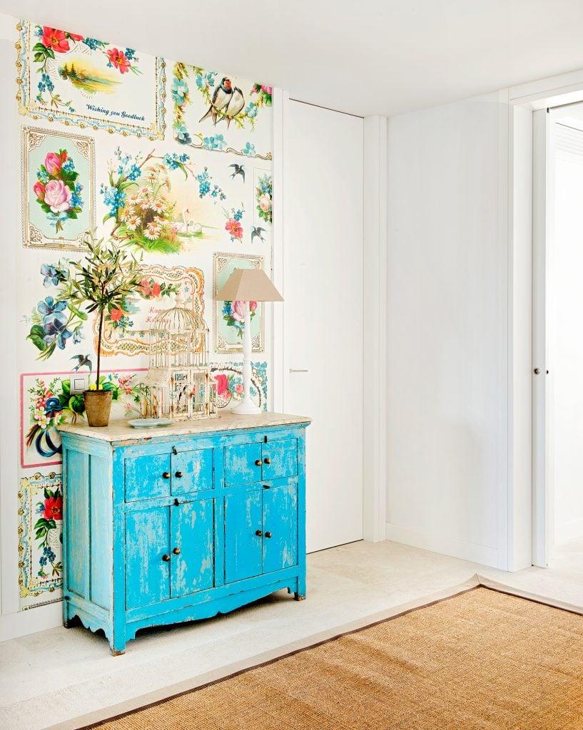 Muebles pintados a mano salon boho chic