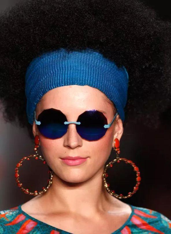 peinado-afro-estilo-hippie-chic